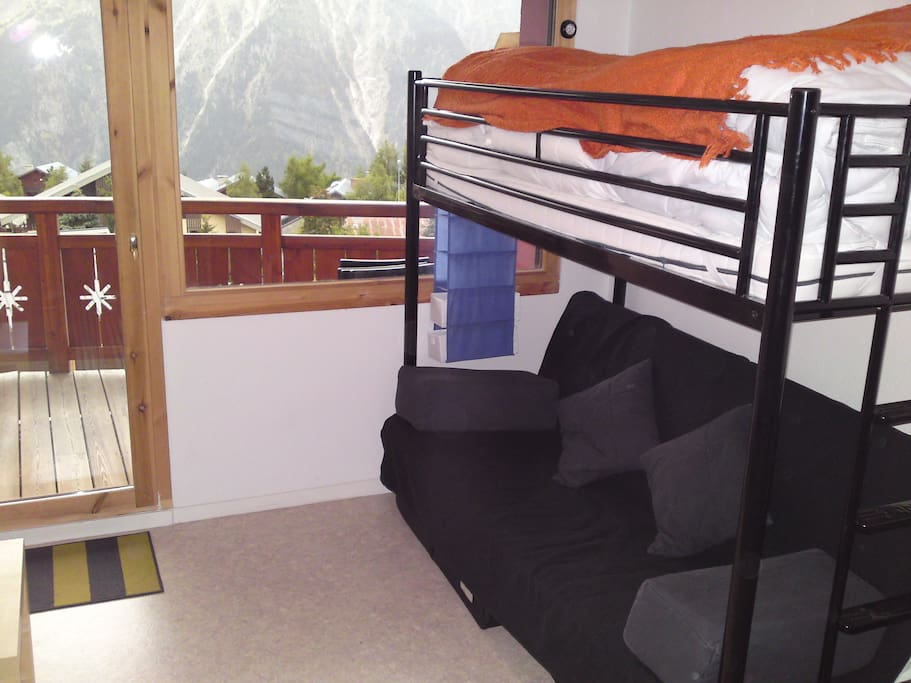 Double sofa bed and single bunk