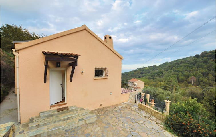 Holiday cottage with 2 bedrooms on 80m² in Venzolasca