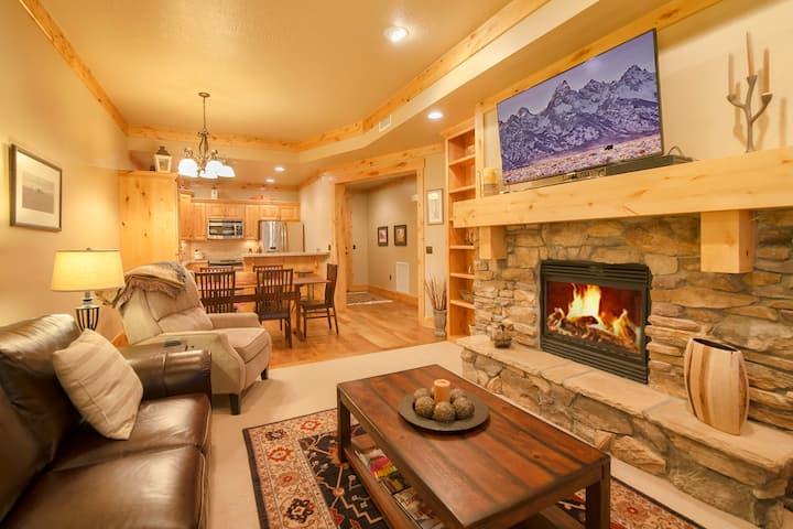 C&C: Copper John Suite #207 - Teton Springs