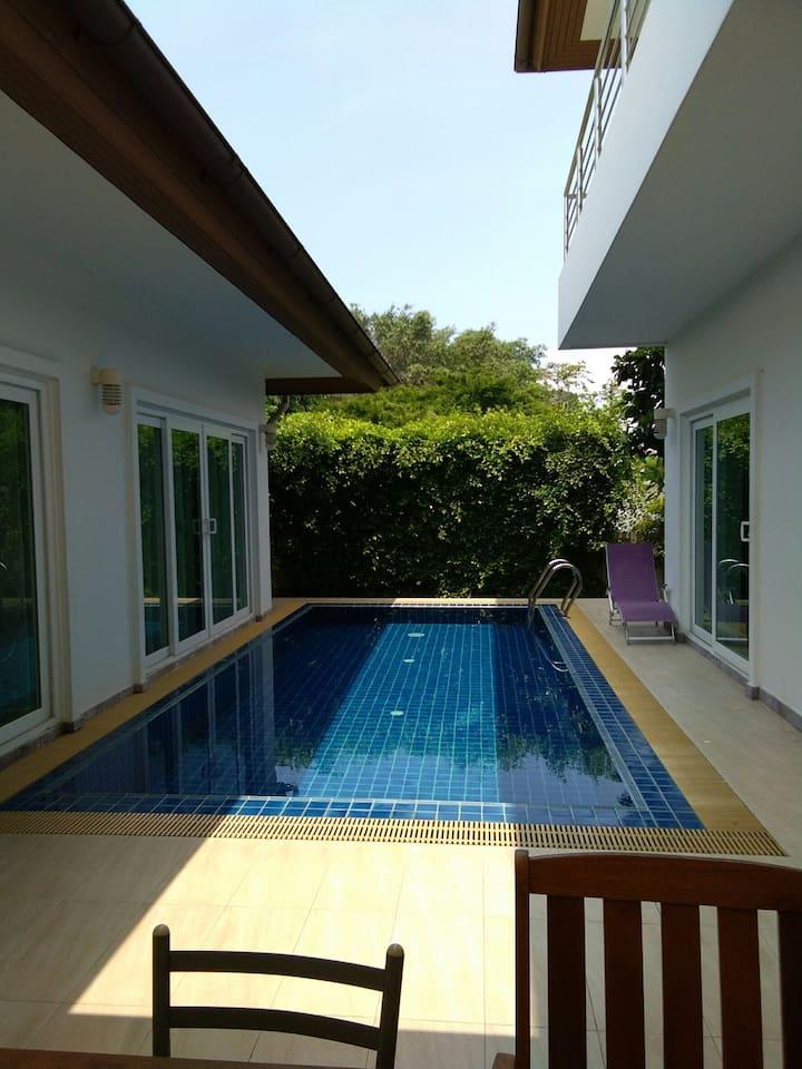 Corner Private pool villa