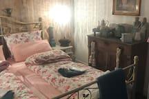 Gezellige kamer met minibar , koffie en thee