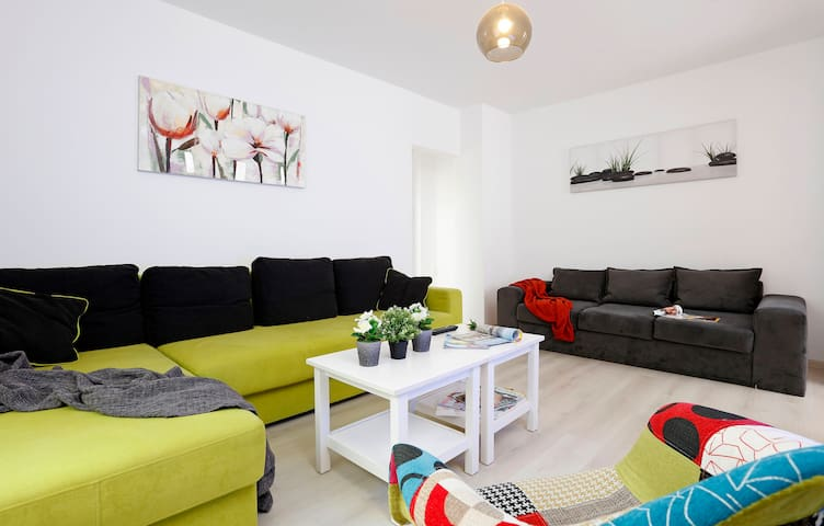 Stylish central apartment at Piata Romana subway