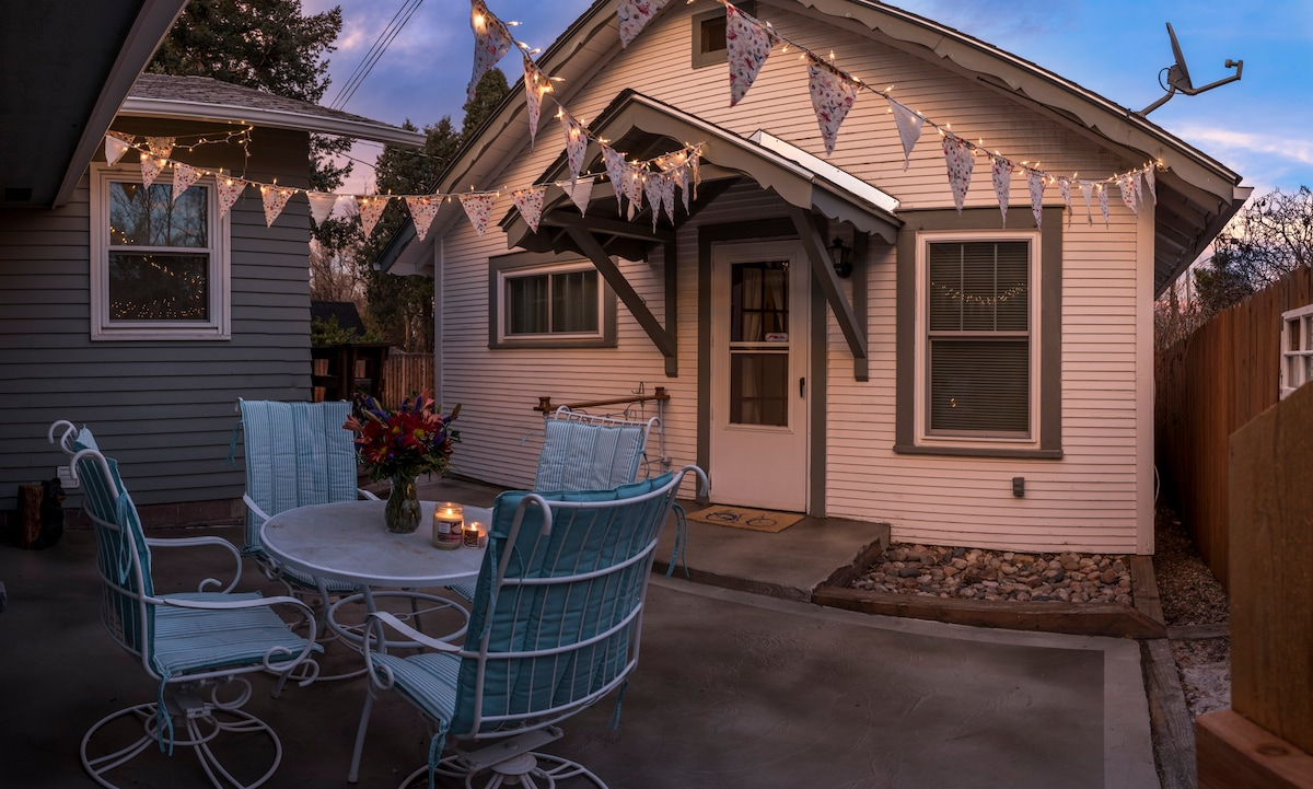 delightful cottage for all things colorado springs guesthouses for rh airbnb com cabin for rent in steamboat springs colorado cabin for rent in steamboat springs colorado