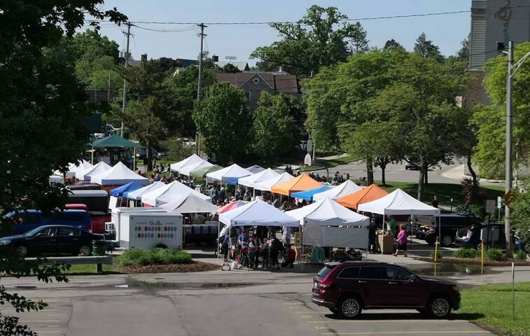 Farmers Market on Sundays 2 blocks away.