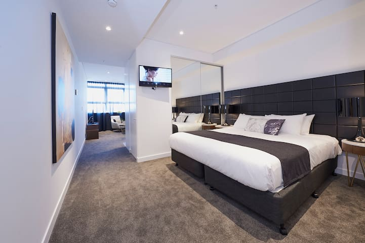 Silkari Suites at Chatswood Executive Stuido