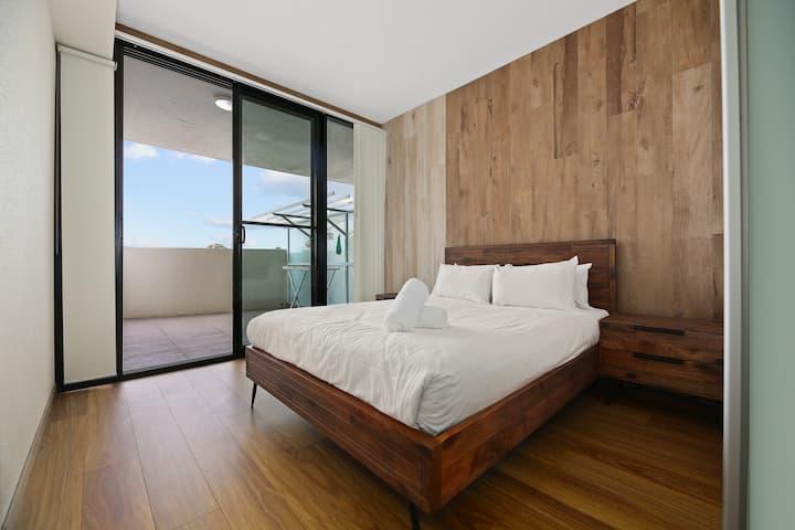 Burwood City View 2 Bedrooms Apt free parking