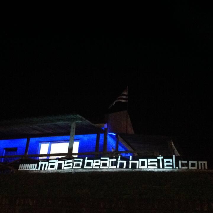 Mansa Beach Hostel. 5