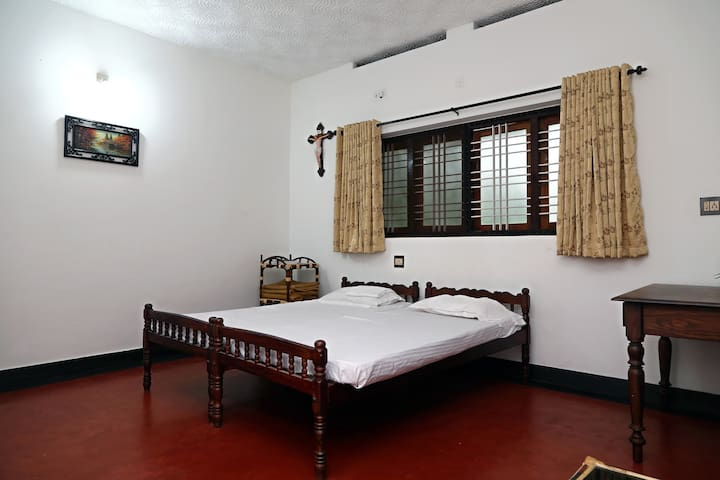 Styled Heritage Bungalow in Alappuzha