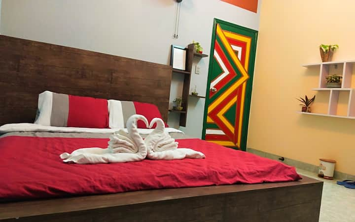 Art Homestay - B2 with Balcony, close FrontBeach