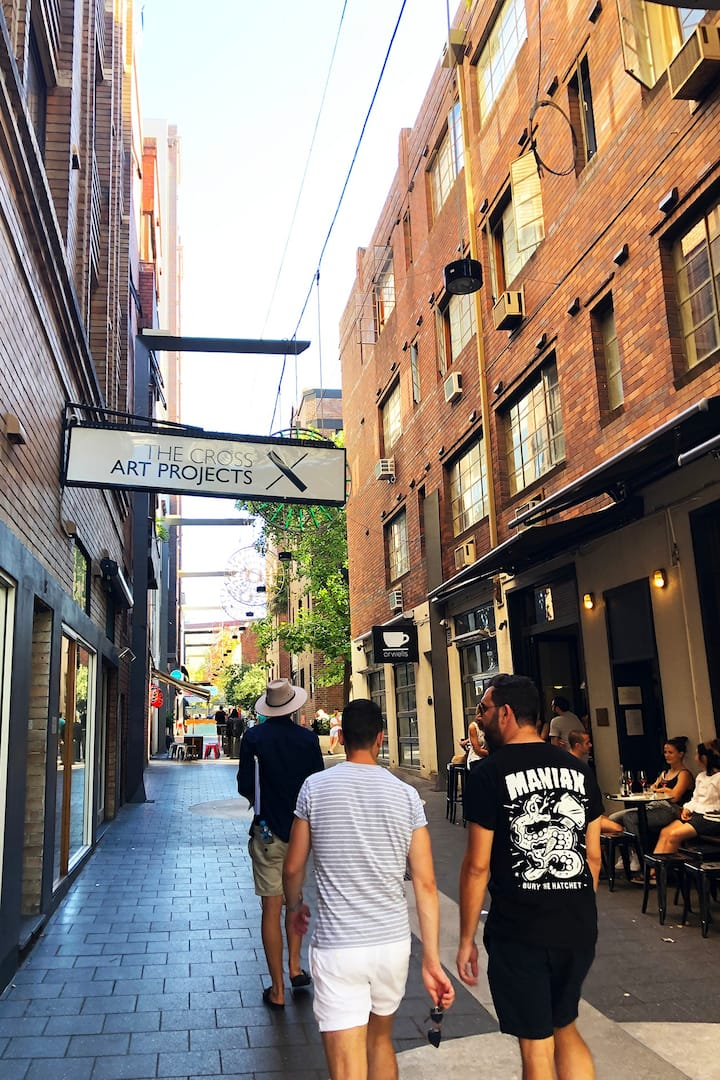 Cafes replace the old corridors of crime