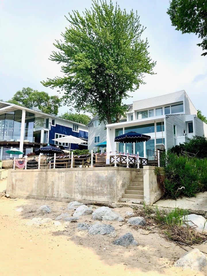 On the Beach - Beach House for Rent