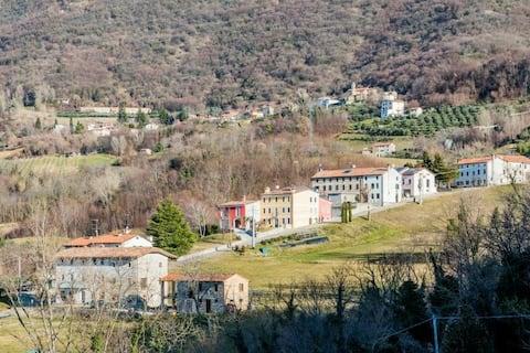Cìari int.1 마을의 집.