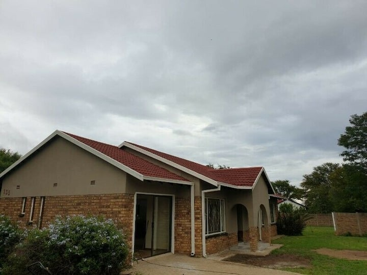 Whole 3 bed house in Klerksdorp