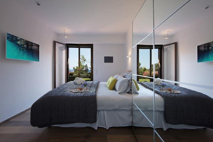 Monaco Country Park pool apartment close to beach