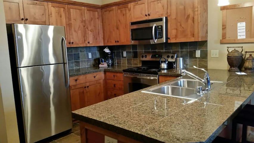 Luxury Suite Mt./Village View Unit 373 Silver Mt. - Kellogg - Apartament