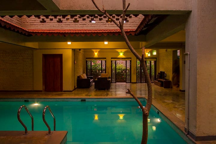 Otonia-3BHK Villa Exclusive Indoor Pool @Panchgani