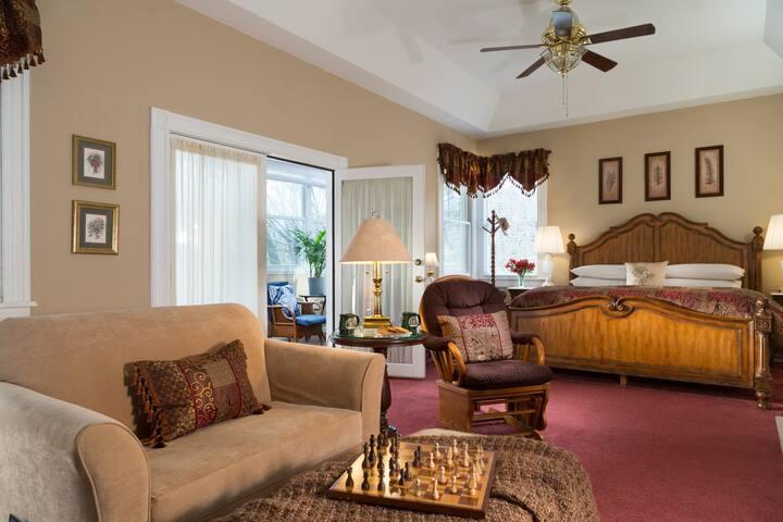 Magnolia Suite - Andon-Reid Inn