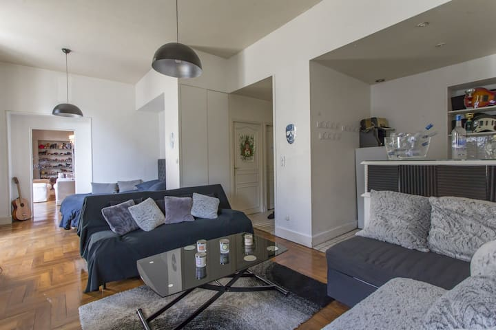 BRIGHT LOFT IN THE HEART OF GRENOBLE FOR 4 PEOPLE