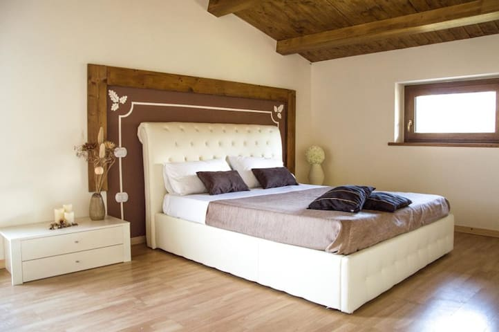 La Grande Quercia - Collepepe - Bed & Breakfast