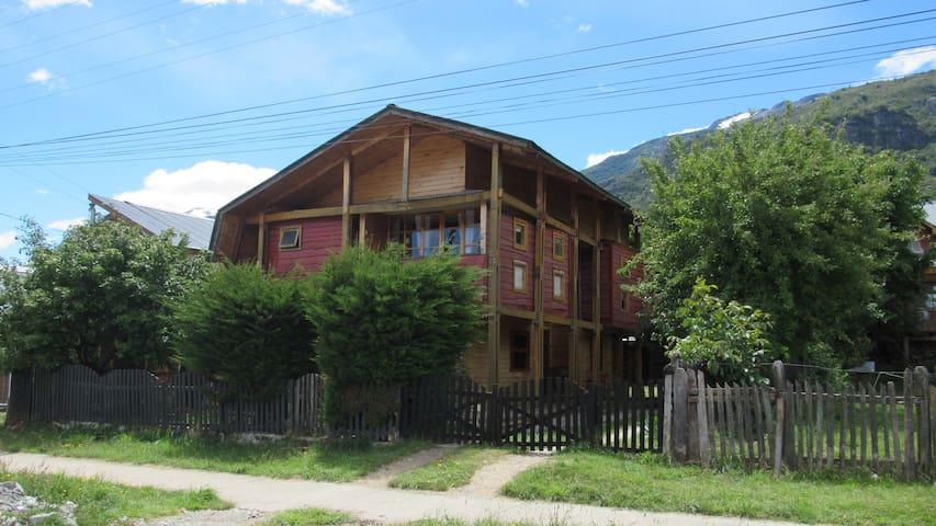 casa Familia Yorka Futaleufu