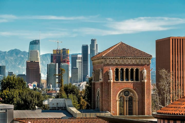 New shared room for 4 females in Los Angeles