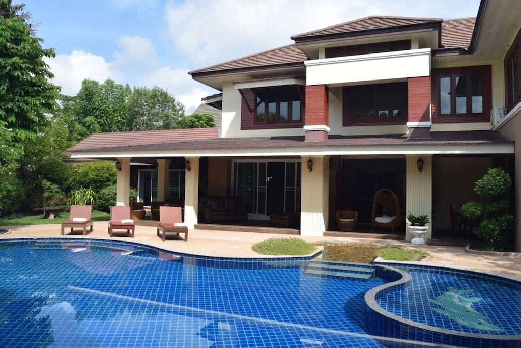 6 2 bedroom luxury villa with private pool houses for rent in chiang mai chiang mai for Chiang mai house for rent swimming pool