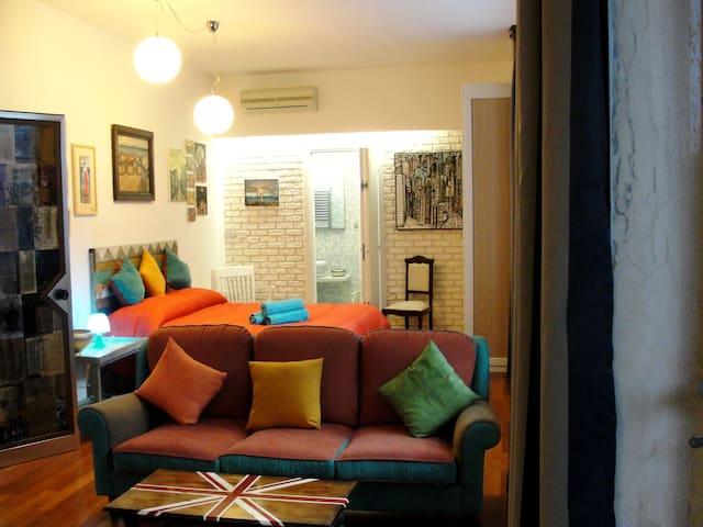 Appartamento con terrazza in B&B Alma Grande - ブリンディジ - サービスアパートメント