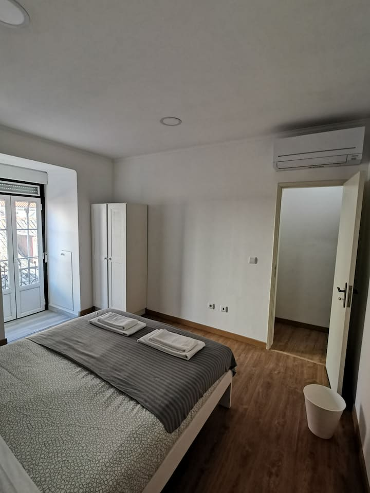 Rooms at Lisbon Castle Hill (I)