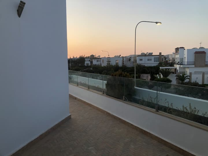 Beautiful villa 5min walking distance to beach