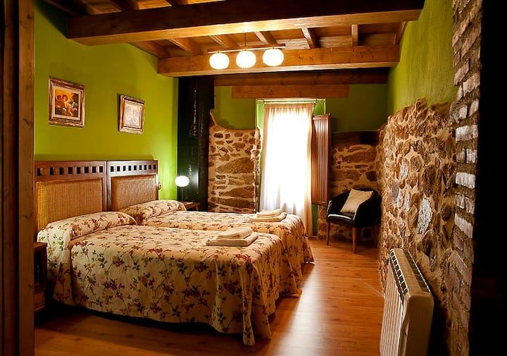 Country house    Arbequina