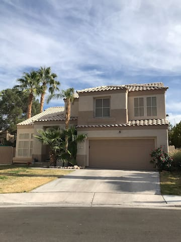 Female only bed and bath in Las Vegas