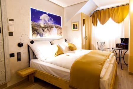 Habitación temática, desayuno. Entre mar y montaña - Busot - Boutique-hotell