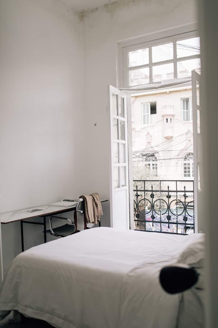 Bright Room at Casa Mia (slow living) in Roma