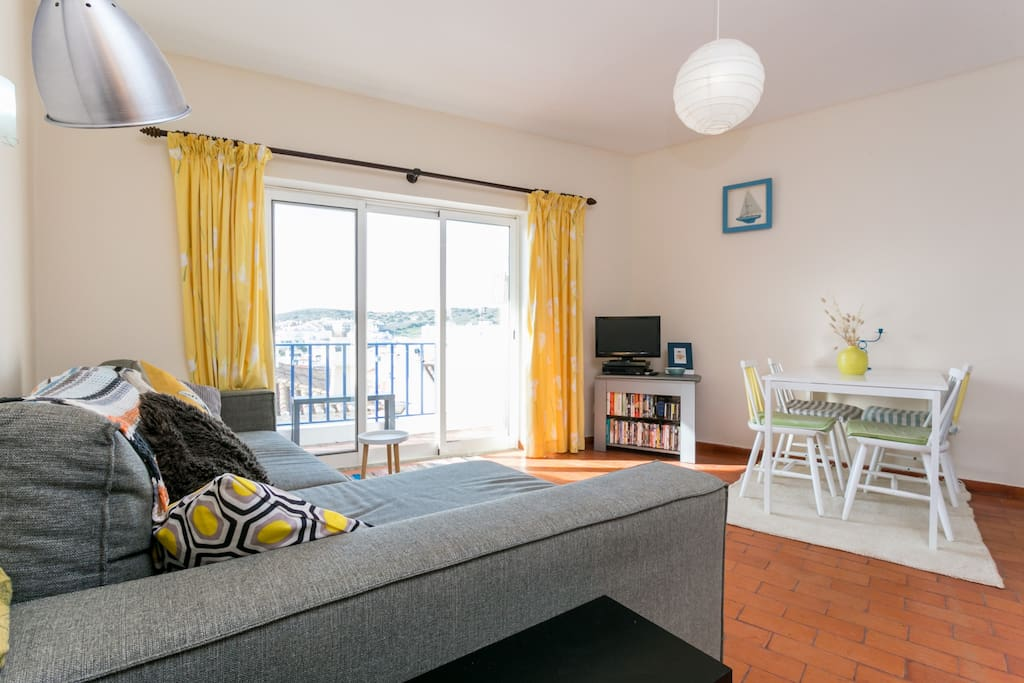 Huge patio windows with fabulous views and a private balcony Satellite TV & unlimited WiFi