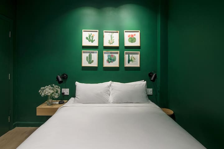 Botanist Lab cozy room in Tan Dinh by Stay LaVie