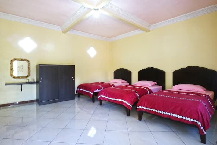 Superb Superior Room at Villa Aquarius Orange