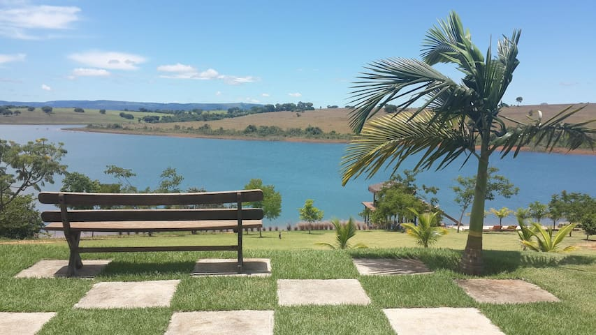 Casa maravilhosa em frente ao lago. - Delfinópolis  - Casa