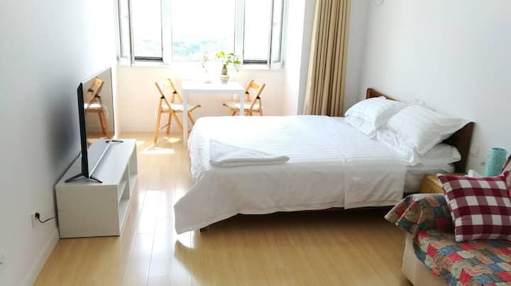 日照伴夏海景公寓海景大床房