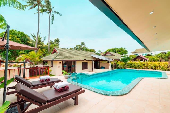 White Lotus  1BR  Idyllic Junior  Beach&pool Villa