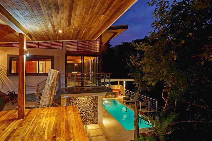 Canopy villa next Surf and Yoga