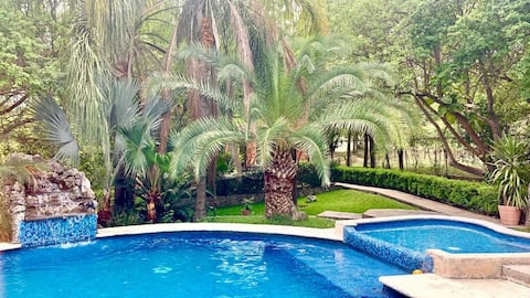 Quinta LT Santiago NL, Luxury Getaway