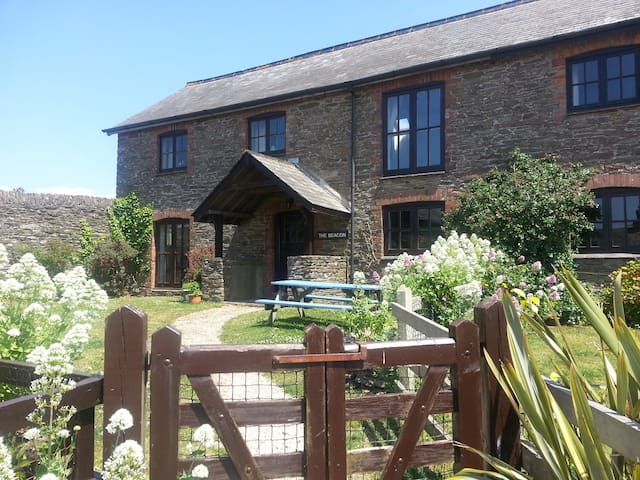 Barn Conversion with sea views - Devon - House