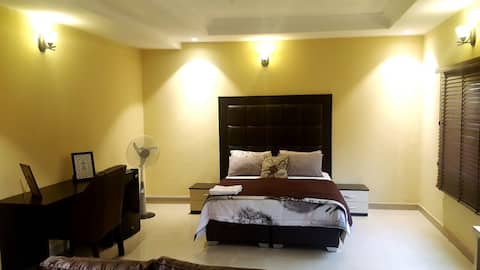 Spacious Room in the heart of GRA Ikeja!!!