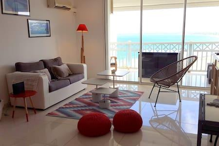 Amazing ocean view, large studio on Orient Bay