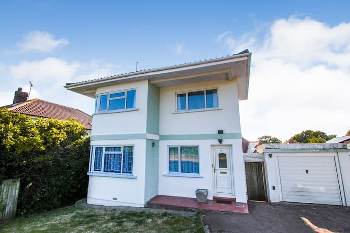 Stunning detached house with sea views #2