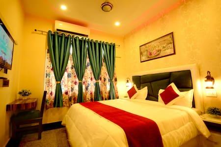 Double Room near Taj Mahal with AC