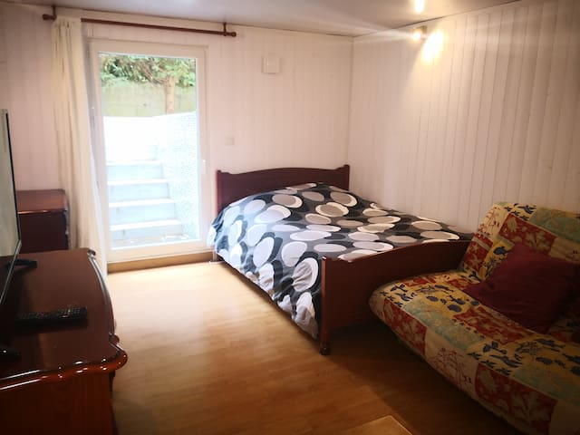Rooms near Paris (20mins to Paris)
