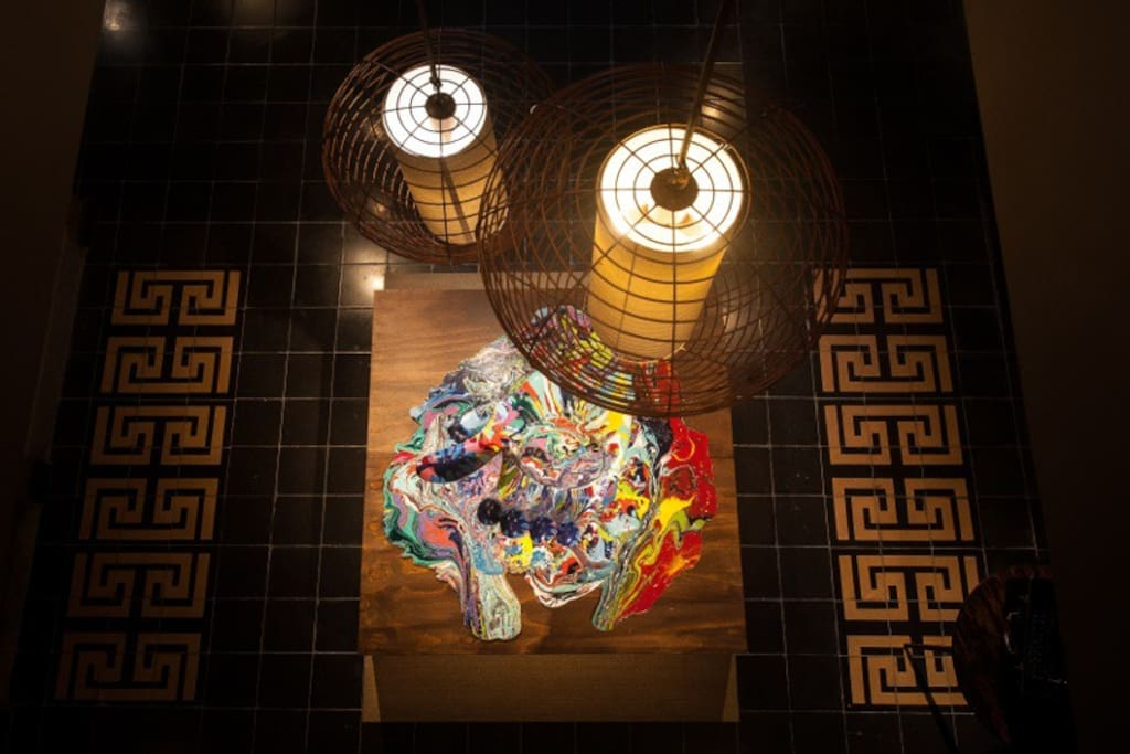 Vista desde el piso superior de la galería principal