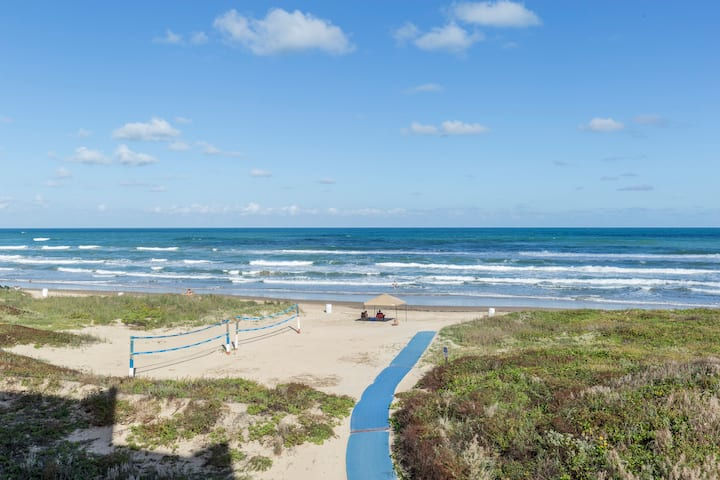 Beachfront,  3rd Floor 2 BR, The Suntide II Resort