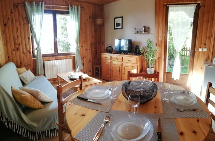 "Location montagne appartement T2 ""Le Lilas"""